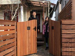ウリン材を使ったウッドフェンス施工例