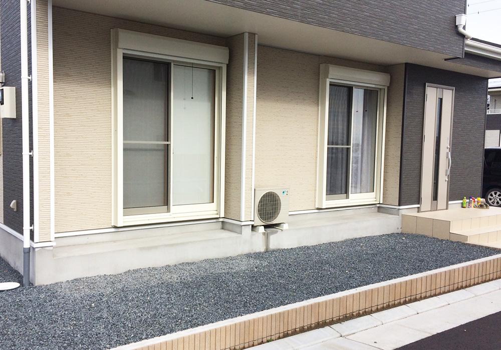 茨城県水戸市の戸建てウッドデッキ右から(施工前)