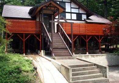 栃木県那須町の別荘ウッドデッキ施工例大型