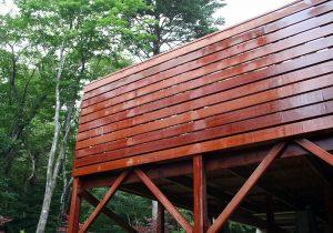 那須の別荘ウッドデッキウリン材フェンス
