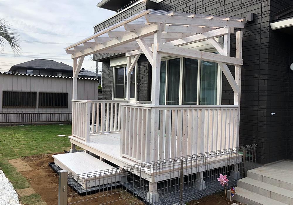 茨城県土浦市エコアコールウッドデッキ1横から2