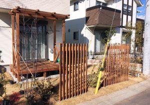 茨城県つくばみらい市の戸建てウッドデッキ庭(施工後)