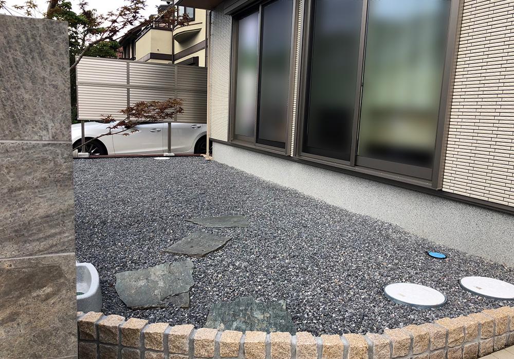千葉県浦安市の戸建てウッドデッキ左から(施工前)