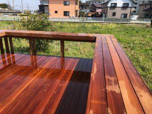 群馬県太田市の大型ウッドデッキテーブル1