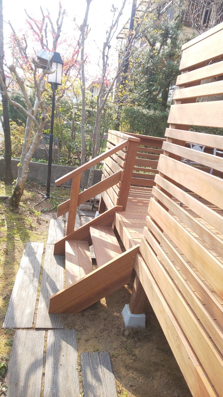 栃木県宇都宮市のウッドデッキ階段2