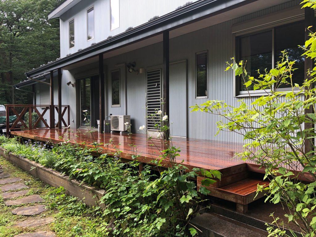 栃木県那須町の別荘ウッドデッキの全体(施工後)