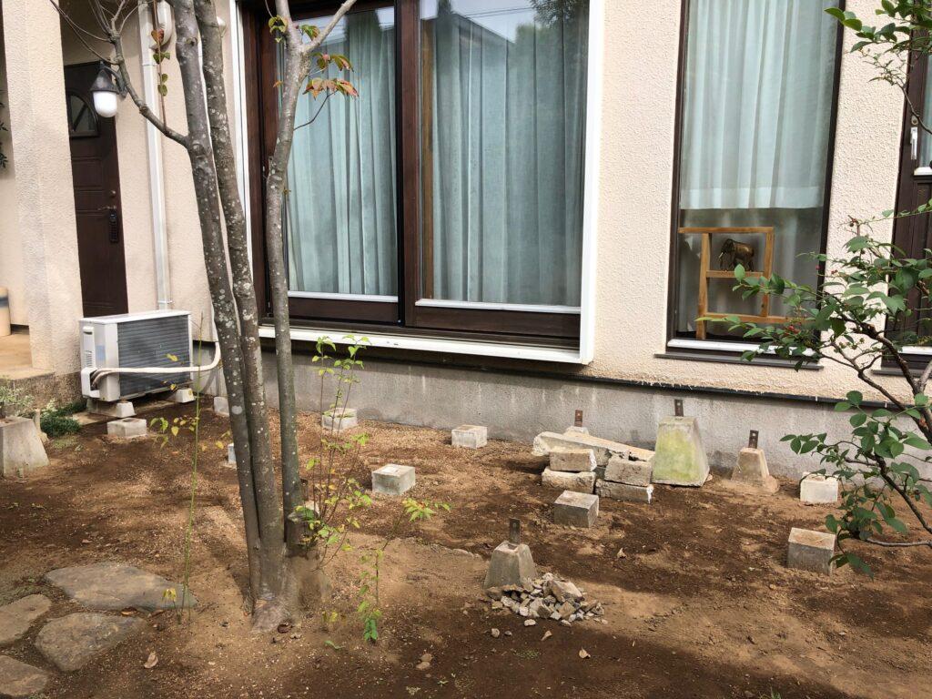 埼玉県さいたま市で経年劣化したウッドデッキを撤去した後の写真