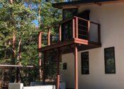栃木県の那須塩原市の新築住宅でウリン材を使用したベランダウッドデッキを施工